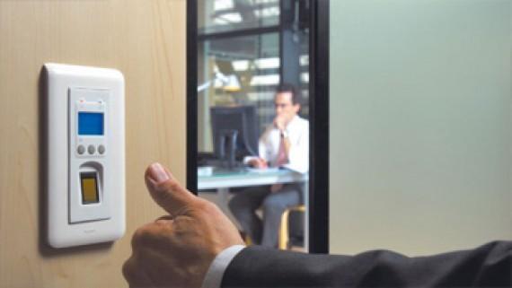 Biométrie Contrôle d'accès IPS Group, caméra de sécurité, caméra de surveillance